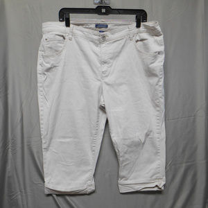 Bandolino khaki capris women's plus size 20W